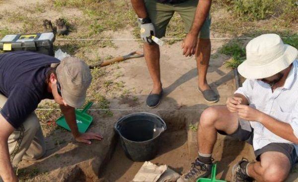 Arqueólogos trabajando en el Puerto de las Naos del siglo XVI.