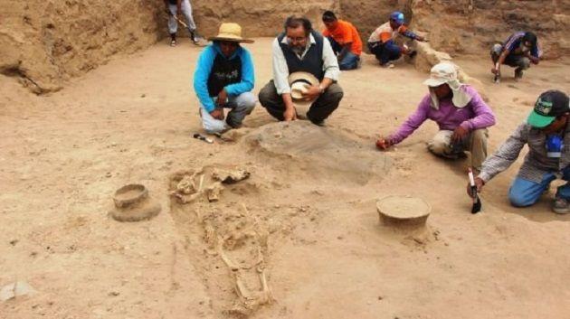 Tumba de 4.000 años encontrada en Perú.