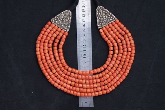antiguo collar coral