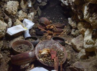 tumba real maya