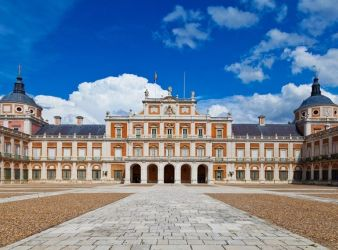 imagen del palacio de aranjuez en madrid