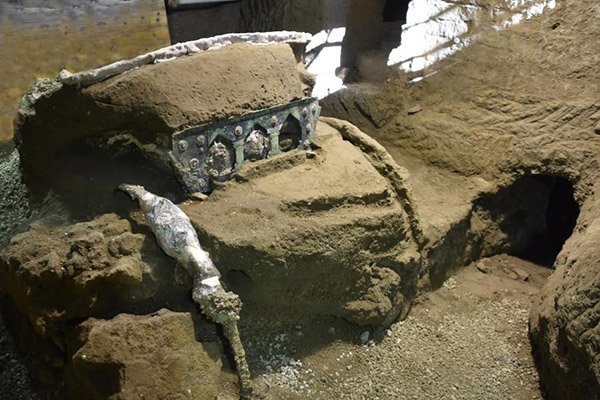 carro descubierto pompeya