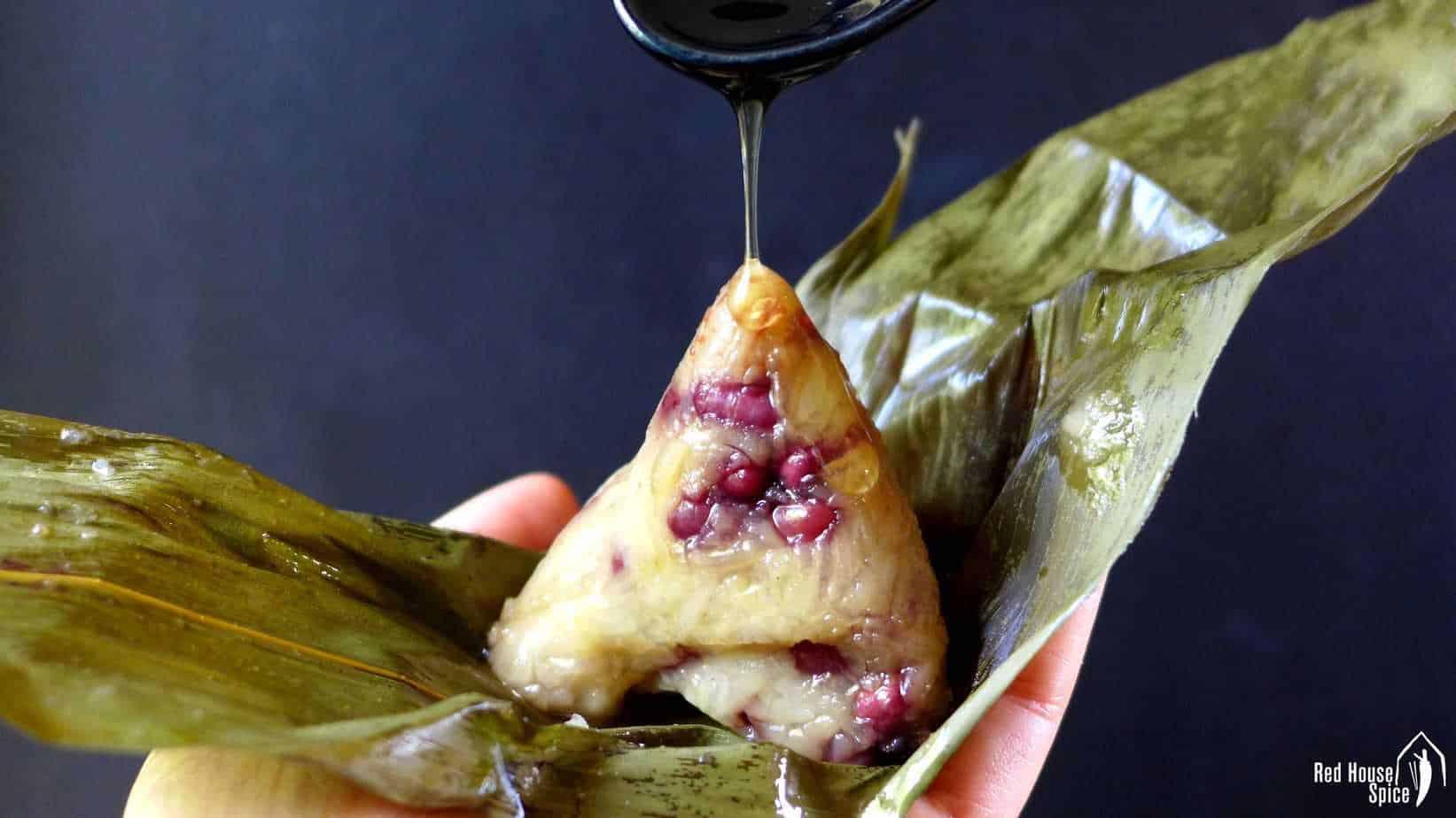 Zongzi: Chinese sticky rice dumpling (粽子)