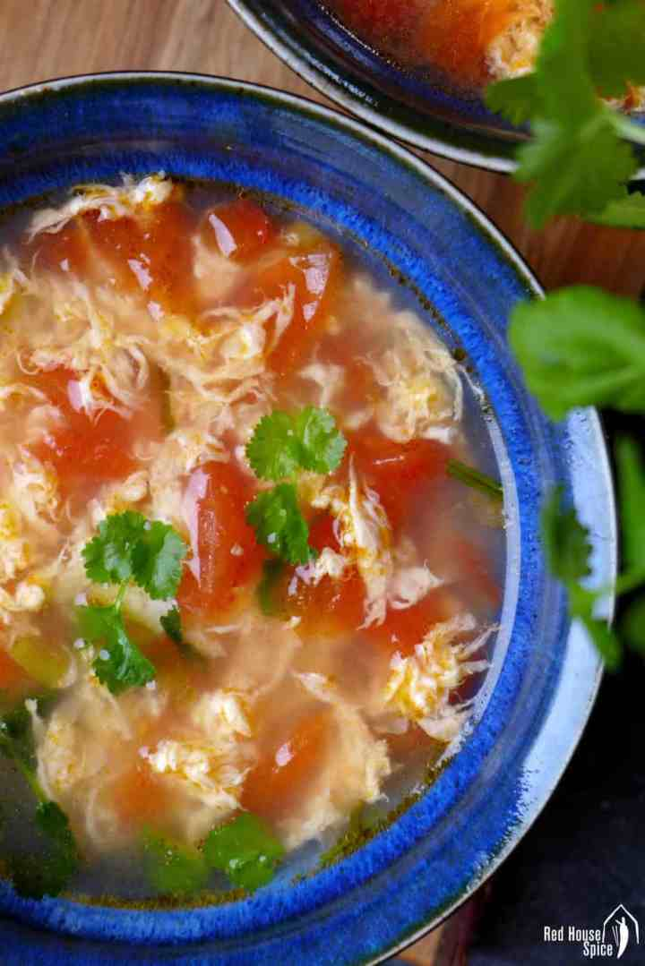 Egg drop soup with tomatoes