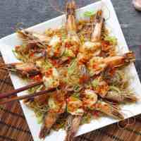 prawns on top of vermicelli noodles