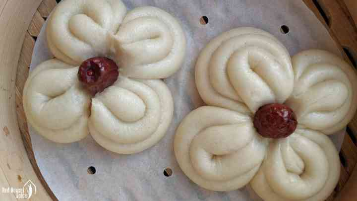 Flower shaped Mantou, Chinese steamed buns