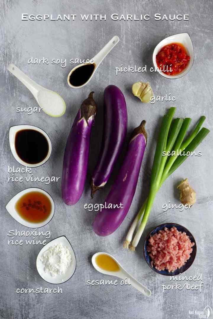 All the ingredients for making eggplant with garlic sauce
