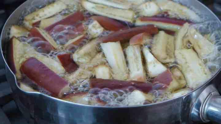 boiling eggplant batons