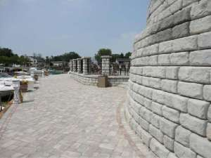 Red-Rock Cobblestone Retaining walls and columns