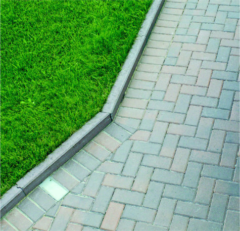 Curbing_Element_Browns_Signature_Hardscapes