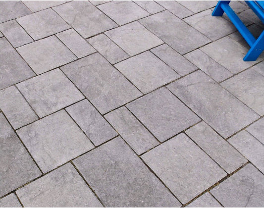 4_comp_Browns_Appian_Pavers