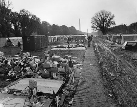 """Photographs of the """"Resurrection City"""" Encampment During the Poor Peoples March on Washington, 5/1968 - 6/1968 (NAID 516368)"""