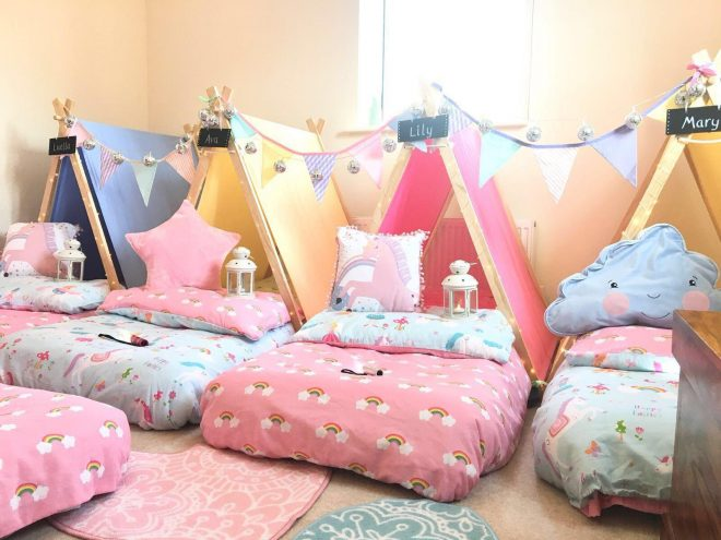 party entertainer oxfordshire, party entertainer wiltshire, party entertainer berkshire, sleepover party kit