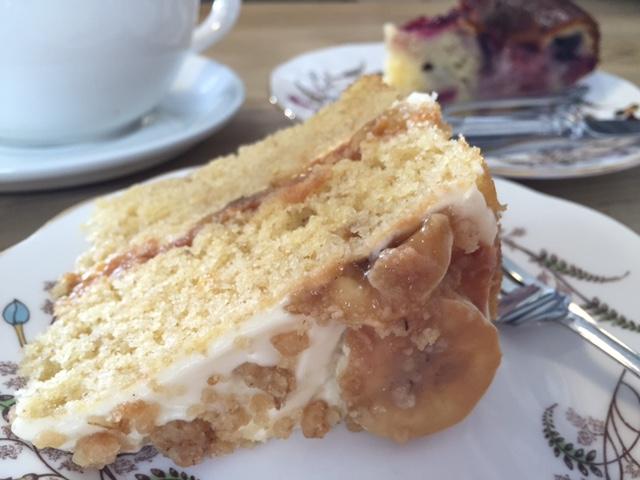 batch cafe cake