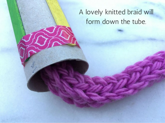 french knitting tutorial, how to french knit, french knitting instructions, step by step french knitting, tomboy stitch, spool knitting