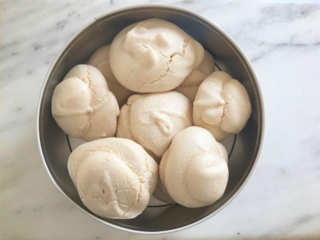 meringue recipe, how to make meringues, meringue tutorial, meringues kids, making meringues