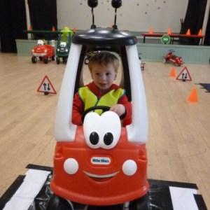 Ride On Time, party entertainers oxfordshire, unique ideas for kids party, car themed birthday party