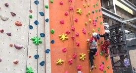 climbing with kids oxfordshire, climbing with kids berkshire, climbing walls oxfordshire, climbing walls berkshire, climbing