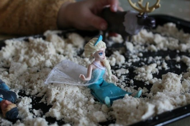 2 ingredient snow dough, winter messy play for kids
