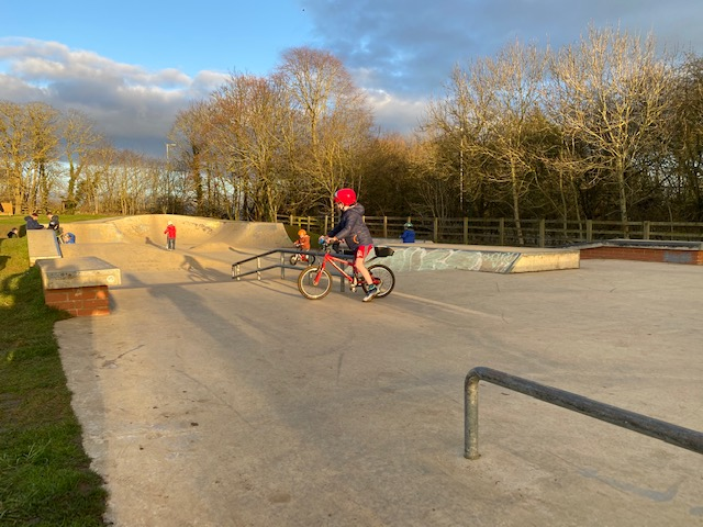 Faringdon Cycle Park, learn to ride Faringdon, childrens cycling lessons, kids cycling lessons