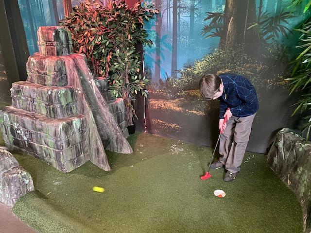 indoor adventure golf oxford, mini golf oxford, crazy golf oxford