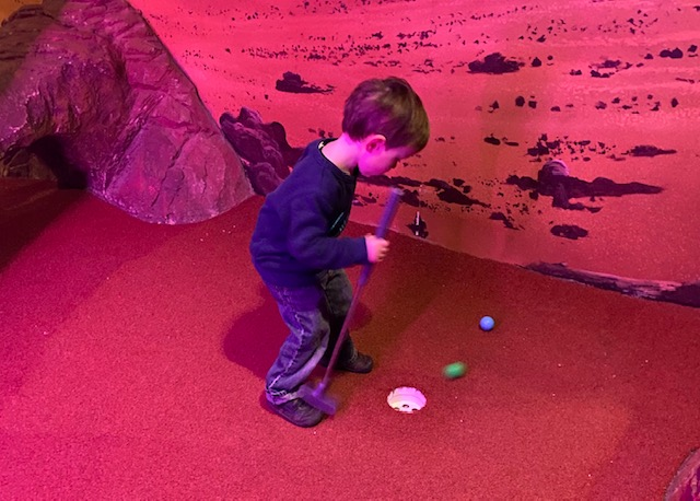indoor mini golf oxford, indoor crazy golf, crazy golf Oxford