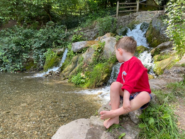 The Rye waterfall, High wycombe waterfall, The Rye High Wycombe waterfall, paddling High Wycombe
