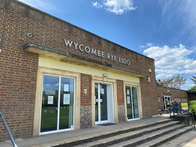 Wycombe Rye Lido, High Wycombe Lido, High Wycombe outdoor pool, Wycombe outdoor pool