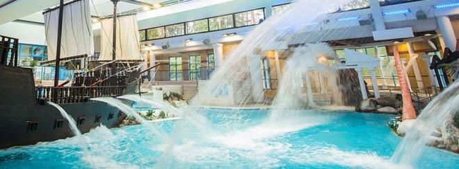 coral reef bracknell, best berkshire swimming pool, coral reef swimming pool, bracknell swimming pool