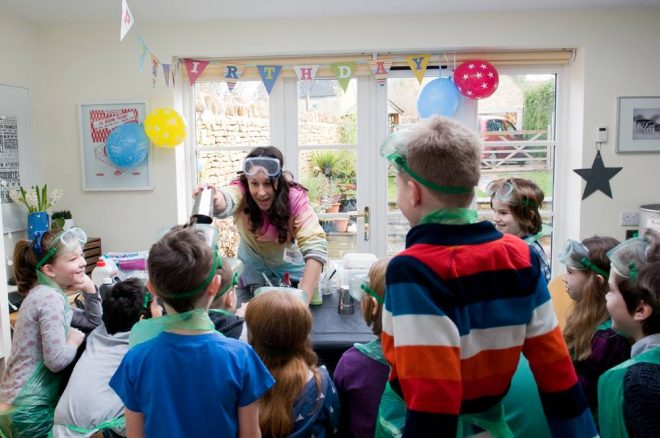 science party, party entertainer oxfordshire, virtual science party, science party supplies
