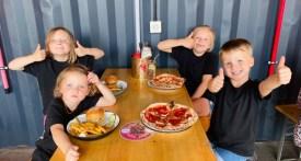 eating out caversham, child friendly pub caversham, wheres good to eat with kids caversham