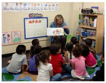 Jean Barbre, EdD, reading to preschoolers