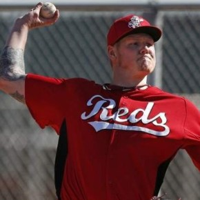 Knee Surgery for Latos