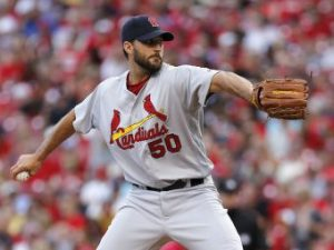 Adam Wainwright versus the Cincinnati Reds during the second inning (6/9/16) at GABP. (David Kohl-USA TODAY Sports)