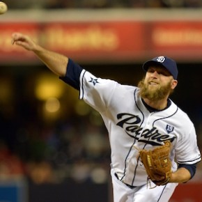 Report: Reds sign free agent reliever to minor league contract
