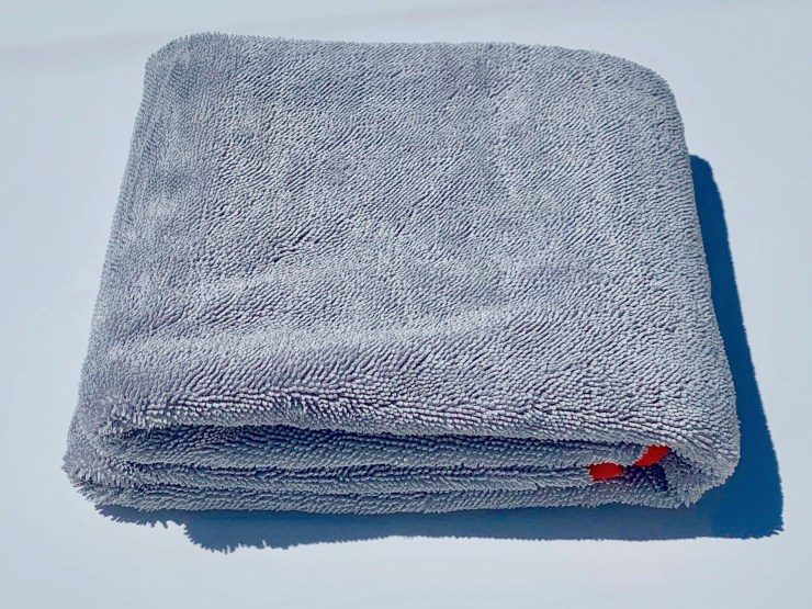 Redline Finish - How to identify a high quality microfiber drying towel