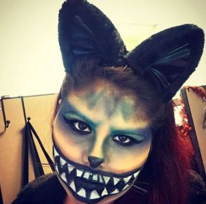 Halloween Cheshire Cat Makeup Look