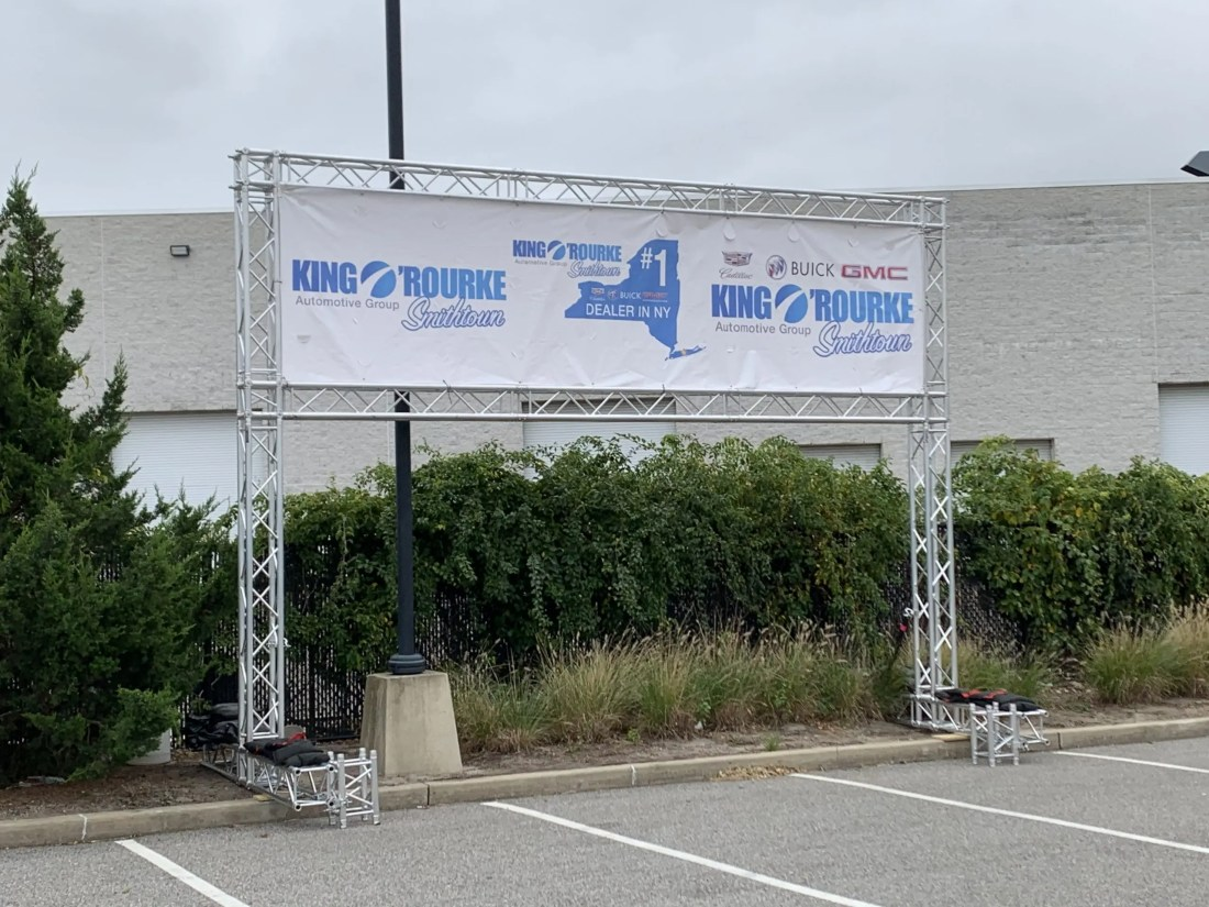 truss support for large sponsorship banner