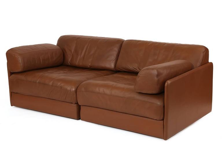 de sede sleeper sofa how to clean white leather with baking soda convertible or chairs red modern furniture