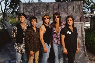 American rock band Bon Jovi: keyboard player David Bryan, bass guitarist Alec John Such, musician, songwriter, lead singer and founder John Bon Jovi, lead guitarist Richie Sambora, and drummer and percussionist Tico Torres. (Photo by Bill Nation/Sygma via Getty Images)
