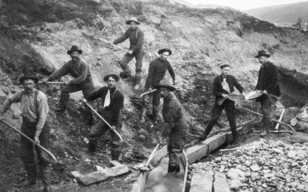 miners-forty-niners-at-the-creek