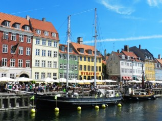 21-Nyhavn-17th Century Waterfront