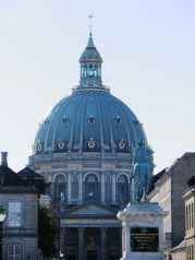 94-Amalienborg with Frederik's Church in background