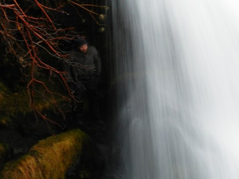 49-going-behind-the-waterfall-at-gluggafoss