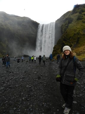 94-takes-a-better-pic-of-me-in-front-of-skogafoss