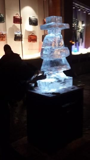 72-ice-carving