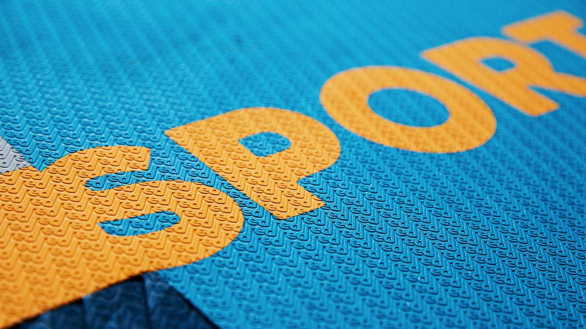 redpaddleco-126-sport-inflatable-paddle-board-desktop-gallery-deckpad