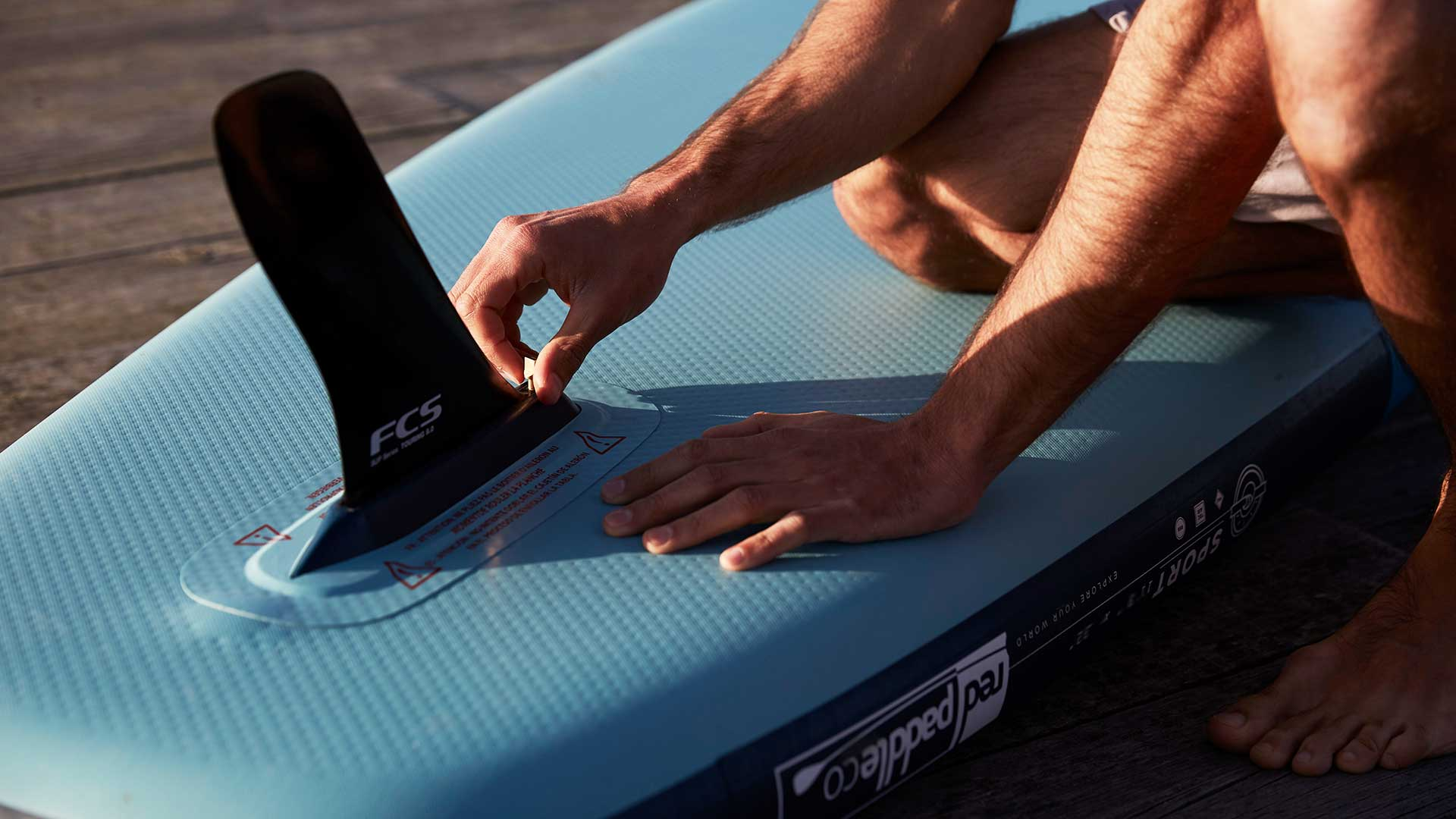 redpaddleco-126-sport-inflatable-paddle-board-desktop-gallery-fins