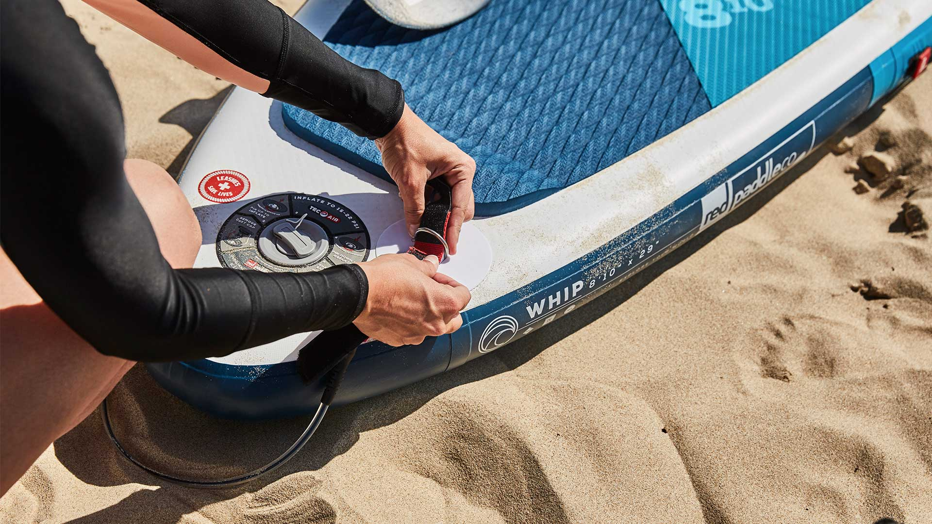 redpaddleco-810-whip-msl-inflatable-paddle-board-desktop-gallery-valve