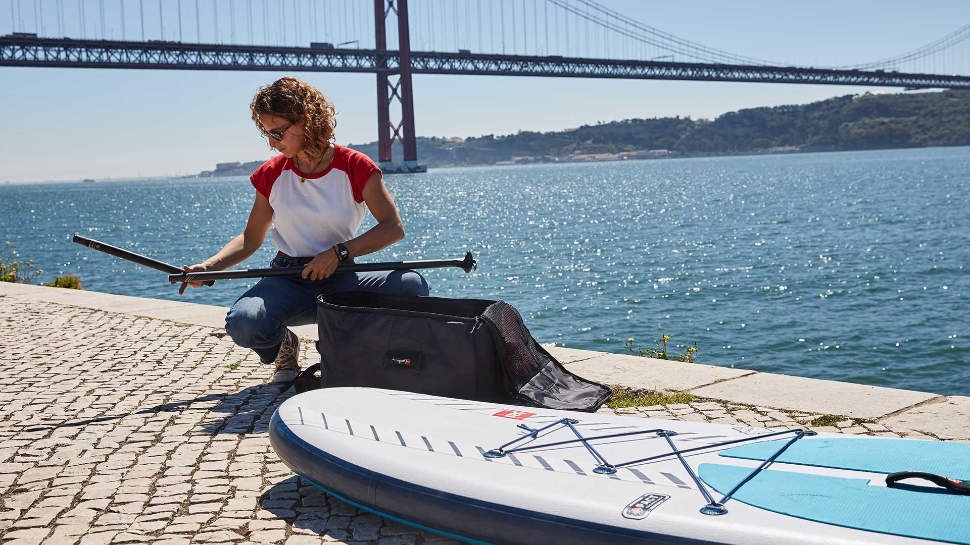 redpaddleco-96-compact-inflatable-paddle-board-inflatable-paddle-board-desktop-gallery-cargo